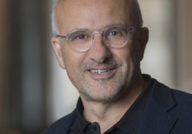 Antoine Georges received the APS Aneesur Rahman Prize for Computational Physics