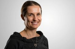 Patrycja Paruch receives the iWOE-24 Oxide Electronics Prize for Excellency in Research